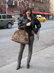 What Wendy Wore: The Bigger-Than-a-Breadbox Bag