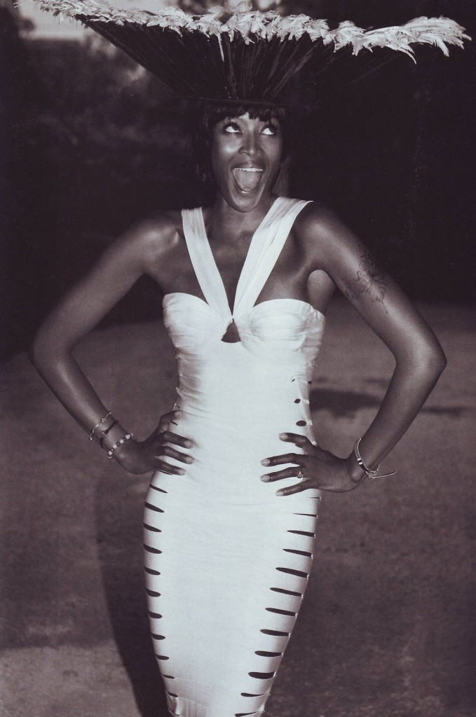 Great Outfits in Fashion History: Naomi Campbell in ...  Naomi Campbell Alaia Dress