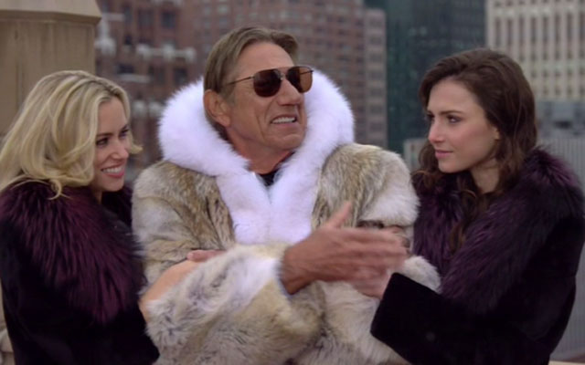 Joe_Namath_Fur_Coat_Super_Bowl_XLVIII_Sidelines_Pictures_Video