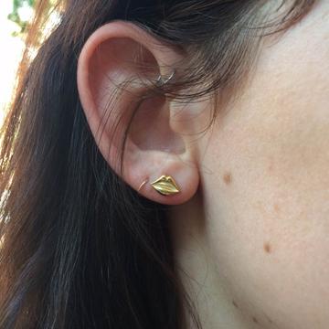 Gold-Lips-Ear-1_ASO__03093_std