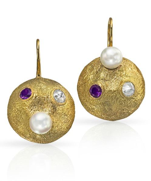 susans-earrings-dangling