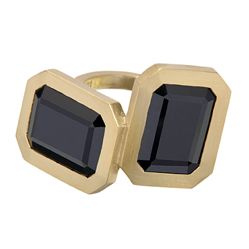 Clemence_Black_Ring_Zoom__87284_std