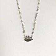 Lips Emoji Choker Necklace - Silver