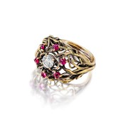 Barbara's Customizable Engagement Ring
